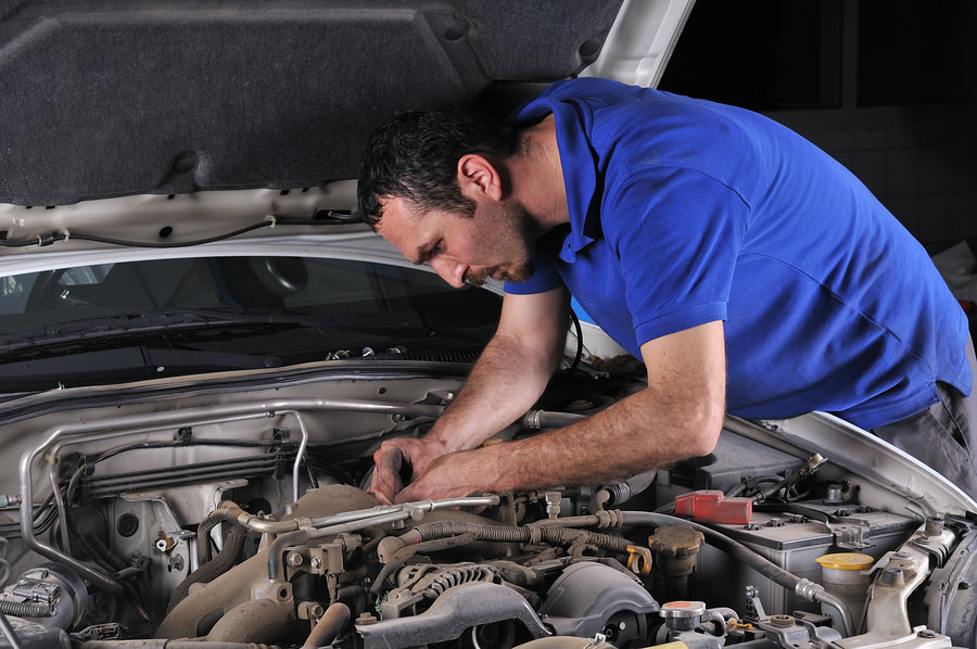 Should You Fix Your Own Car?