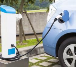 photo5-charging-electrical-car-bigstock-Tom-Wang