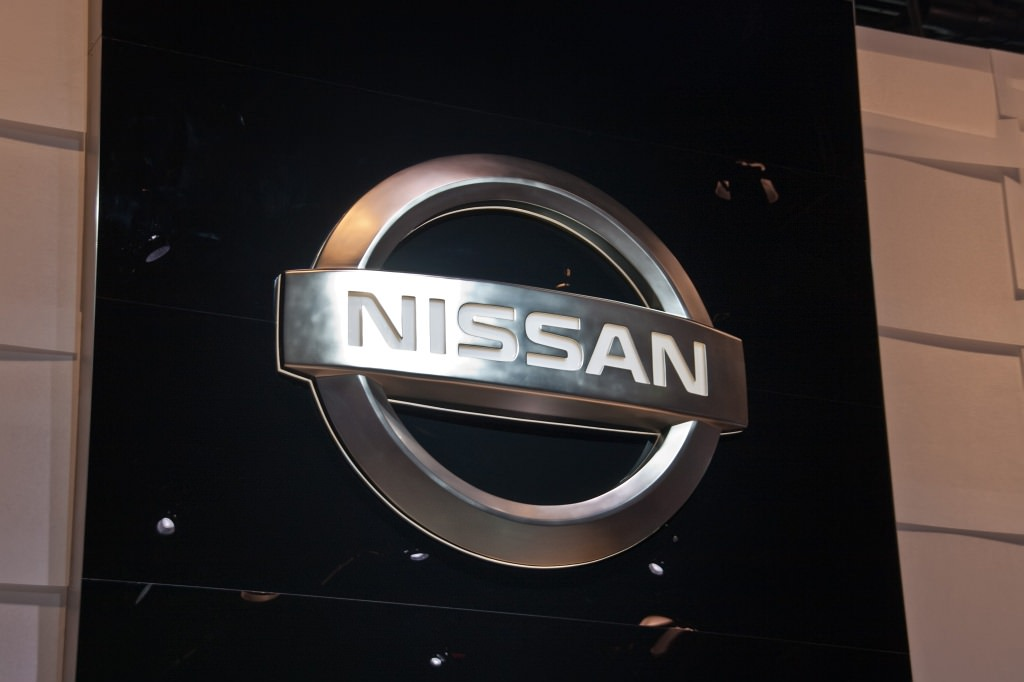 self cleaning car nissan testing self cleaning paint auto notebook