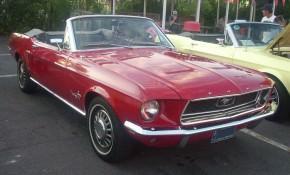 '68_Ford_Mustang_Convertible_(Orange_Julep)